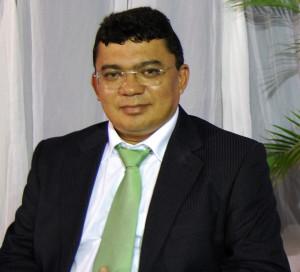 Prefeito Kerginaldo Pinto trabalha para modernizar e otimizar sistemas de gestão