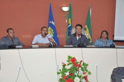 O secretário de agricultura e pesca, Rodrigo Cruz da Silva, dá as boas vindas aos participantes