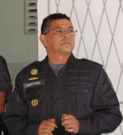 O novo comandante major Alberto Gomes  assumiu a 1ª Cia da policia