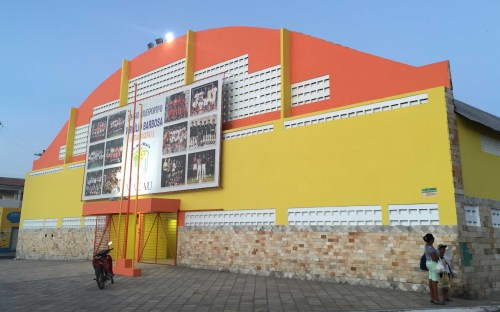 Nova fachada do ginásio poliesportivo