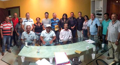 Prefeito Einstein Barbosa com pré-candidatos do PRB
