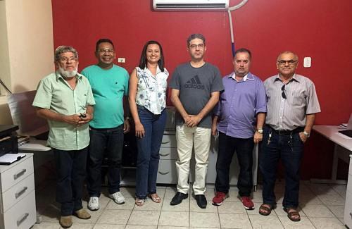 Prefeito Einstein Barbosa com contabilistas de Macau